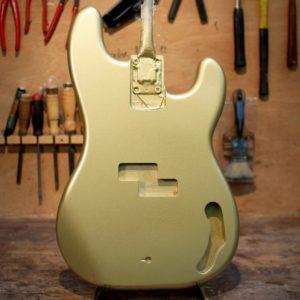 Corps Precision Bass verni nitro aztec gold satin