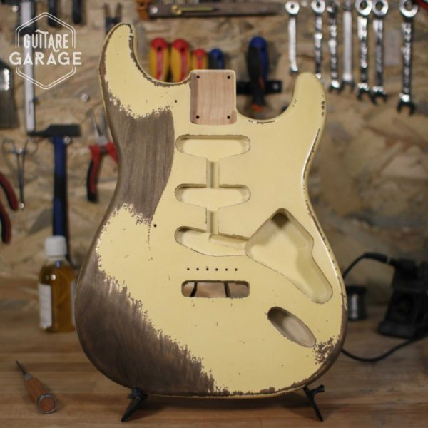 corps stratocaster olympic white heavy relic